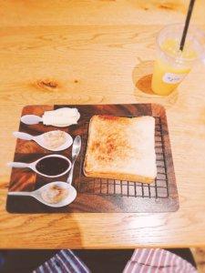 食パンカフェ