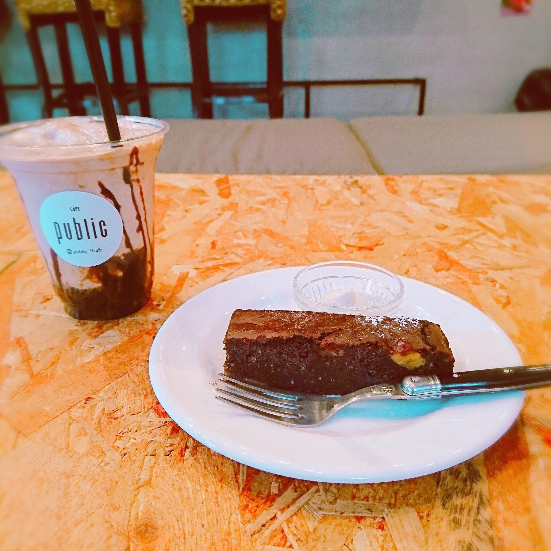 本町 カフェ