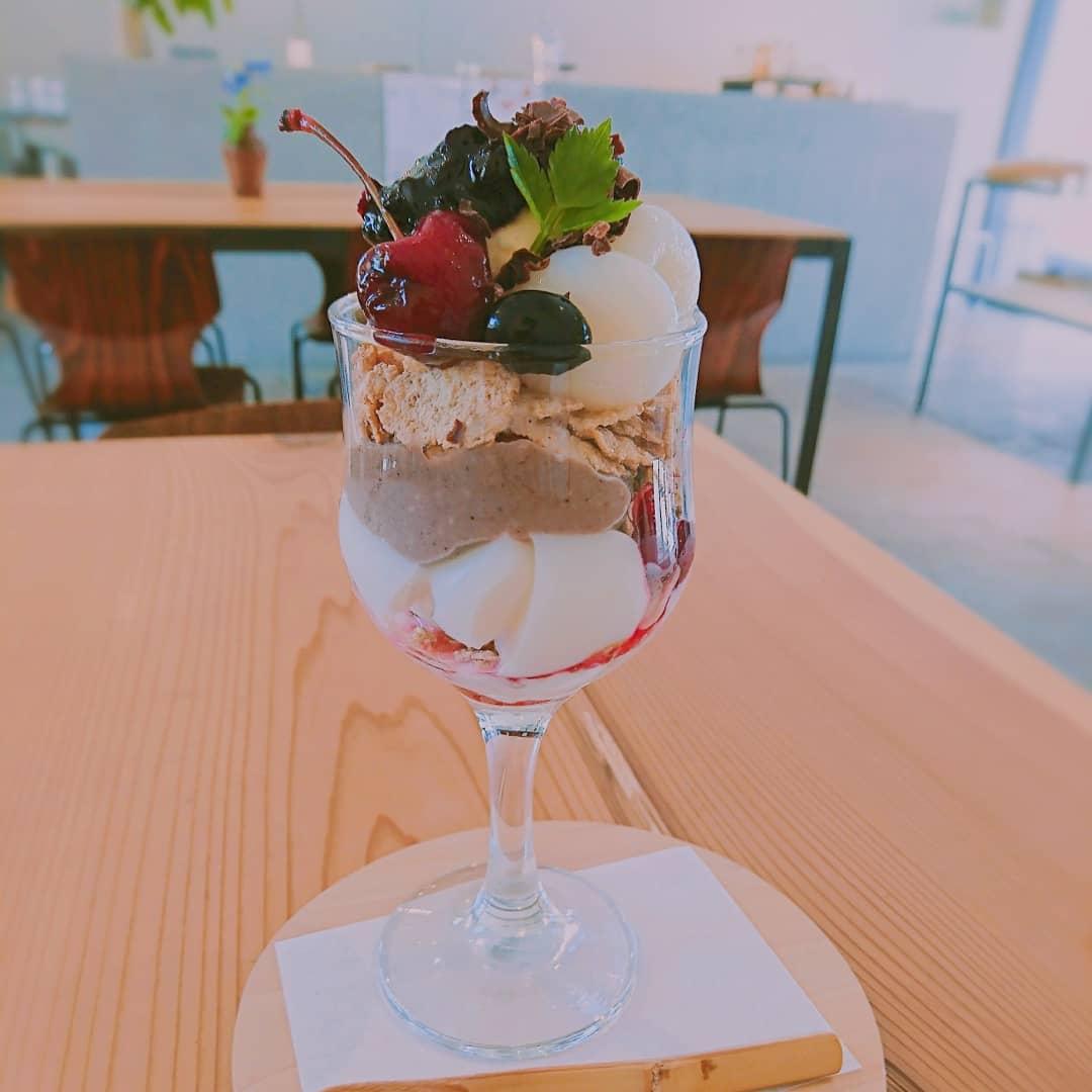 土佐堀 カフェ